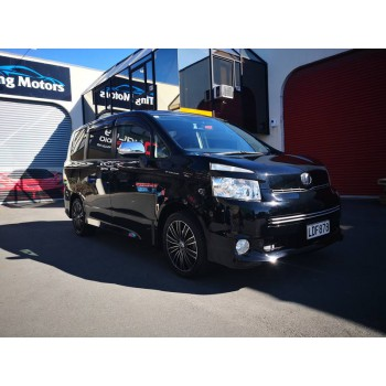 """2008 TOYOTA VOXY ZS Kirameki 7 Seater 17"""" Alloy Wheels Paddle Shift Power Slide Door Valve Matic Fog Lamp Rear Spoiler and More (ORC included)"""