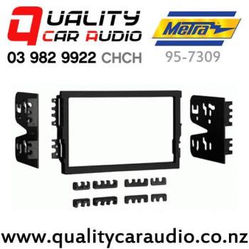 Metra 95-7332 Double DIN Stereo Dash Kit for 2007-up Hyundai Elantra Vehicles