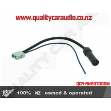 Standard Female to Nissan Factory Male Antenna Adapter - Easy LayBy